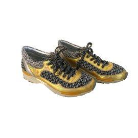 Chanel-Sneakers-Golden
