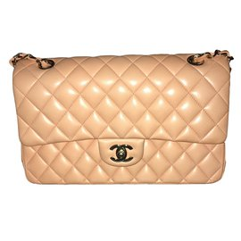 Timeless - Chanel