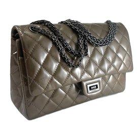 Reissue 227 - Chanel