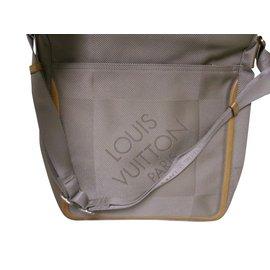 sac type cartouchière - Louis Vuitton