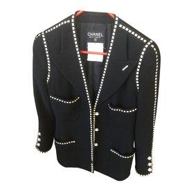 Très jolie veste - Chanel