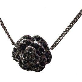 Collier Camélia en strass noirs - Chanel