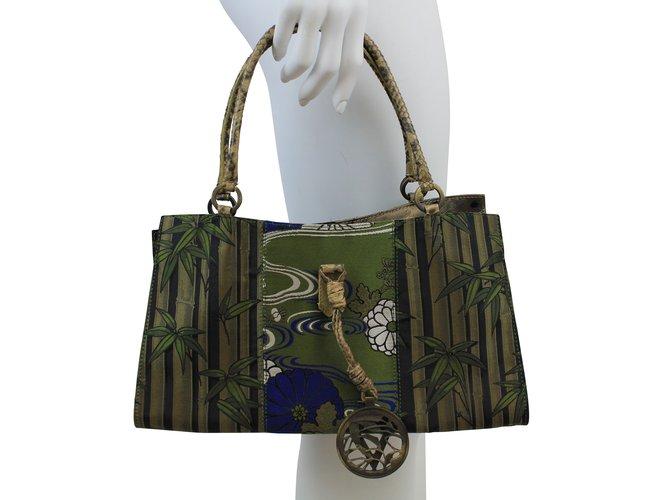 sacs main valentino sac en tissu tissu marron blanc bleu vert joli closet. Black Bedroom Furniture Sets. Home Design Ideas