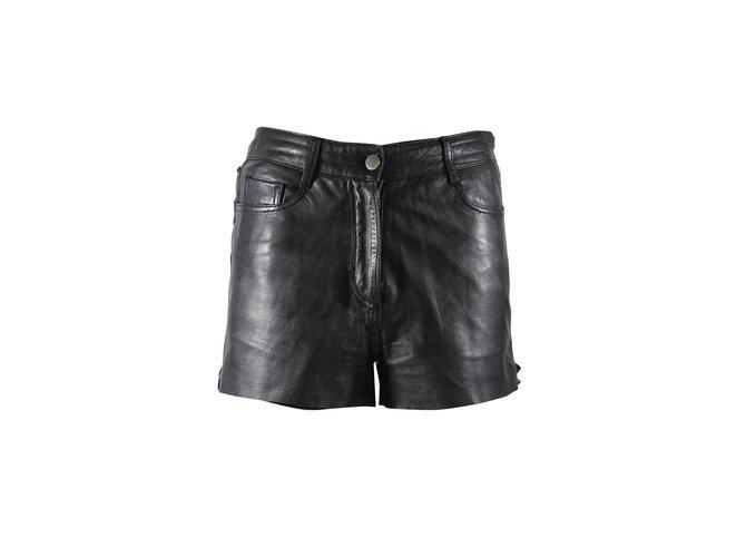 Short cuir