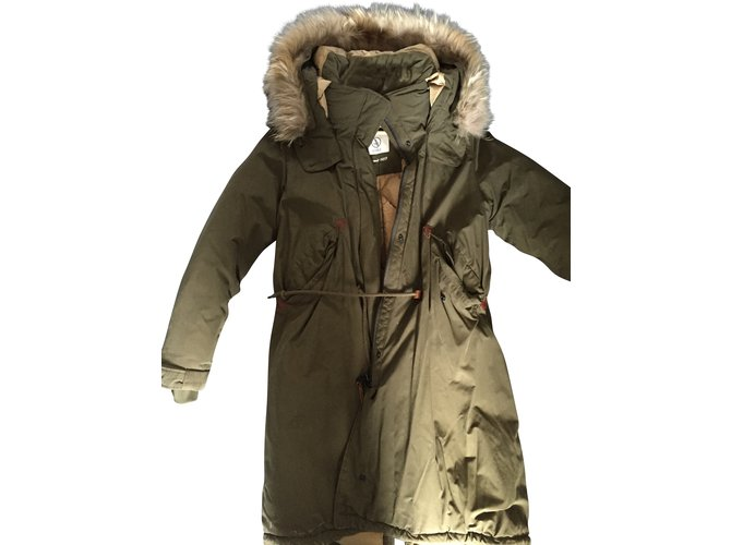 design intemporel 9ae80 51bb6 Doudoune