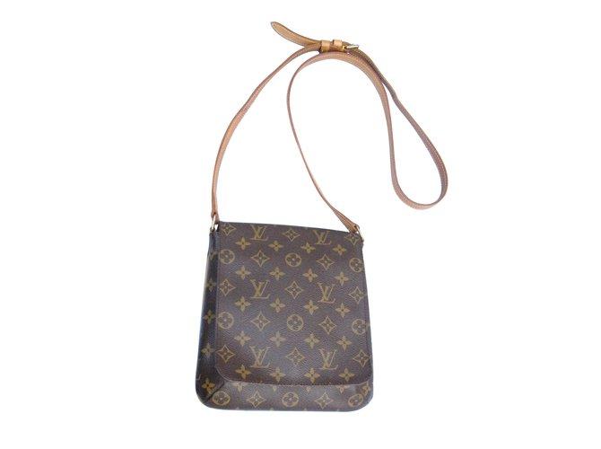 10336b63112a Sacs à main Louis Vuitton salsa PM Cuir Marron ref.6514 - Joli Closet