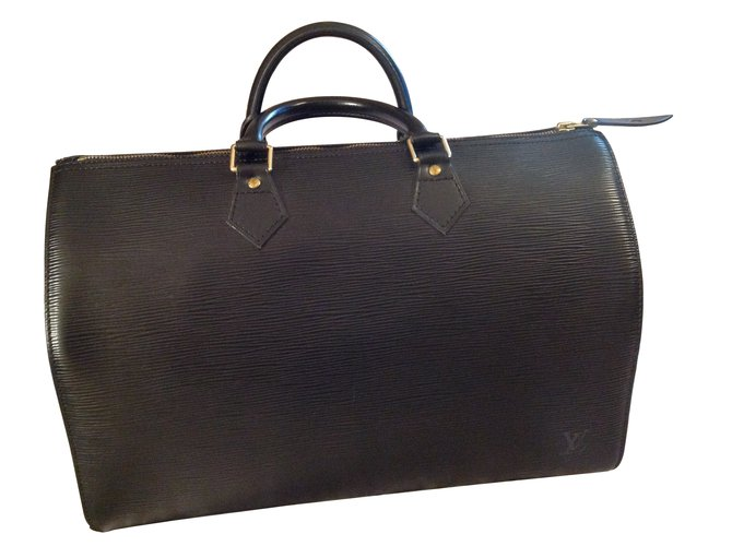 6d131d6db0eb Louis Vuitton Handbags Handbags Leather Black ref.6463 - Joli Closet