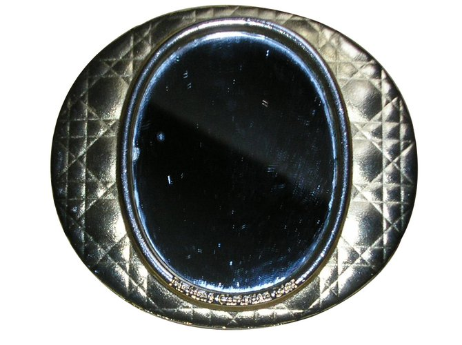 Bijoux de sac Dior Miroir de sac Métal Doré ref.8373