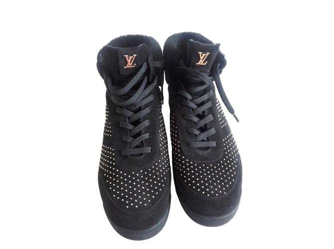 Baskets Louis Vuitton Ornament sneakers Daim Noir ref.9275