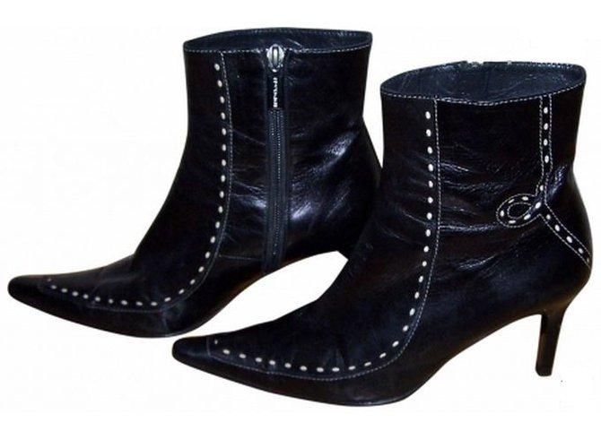 Chaussures - Bottines Bruno Magli eM1wgFQ2