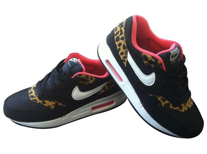 Baskets Nike nike air max safari Caoutchouc Imprimé léopard ref.10353