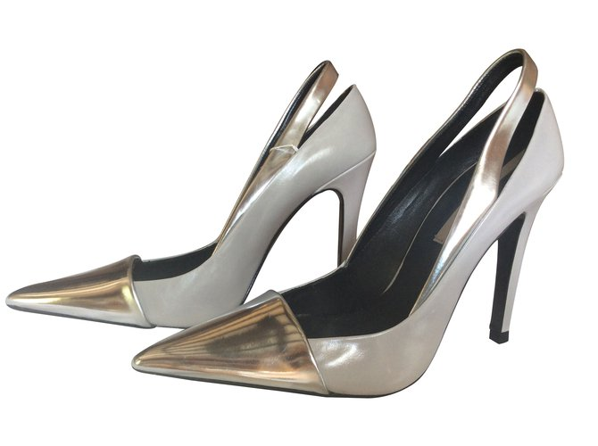 7d37ba03594 Zara Heels Heels Leather Grey ref.10379 - Joli Closet