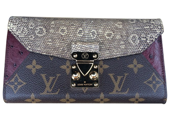 657e9cb3fd87 Louis Vuitton Wallets Wallets Leather Python print ref.10472 - Joli ...