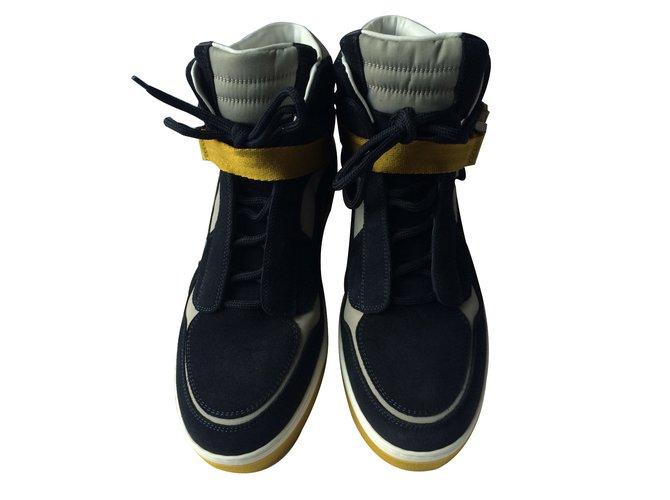 Baskets homme Louis Vuitton Sneakers Daim Bleu ref.11087 - Joli Closet 3aa9da6089d