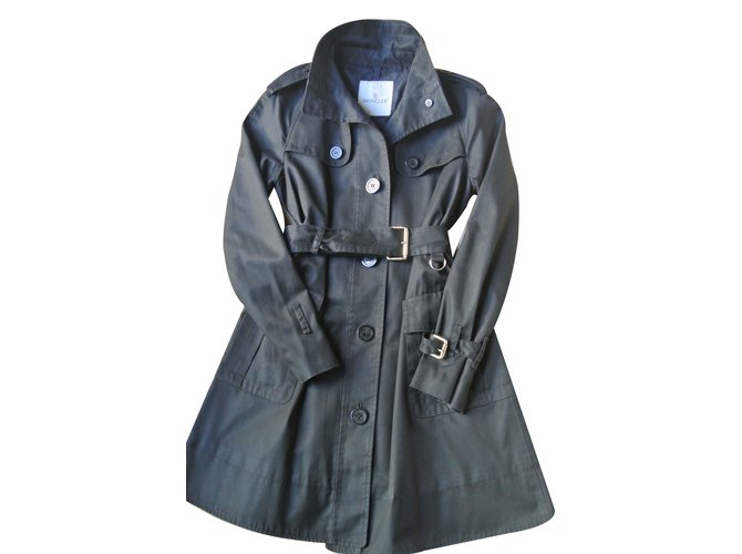 50dc73c2616f Moncler Trench coats Trench coats Polyester Black ref.12239 - Joli ...