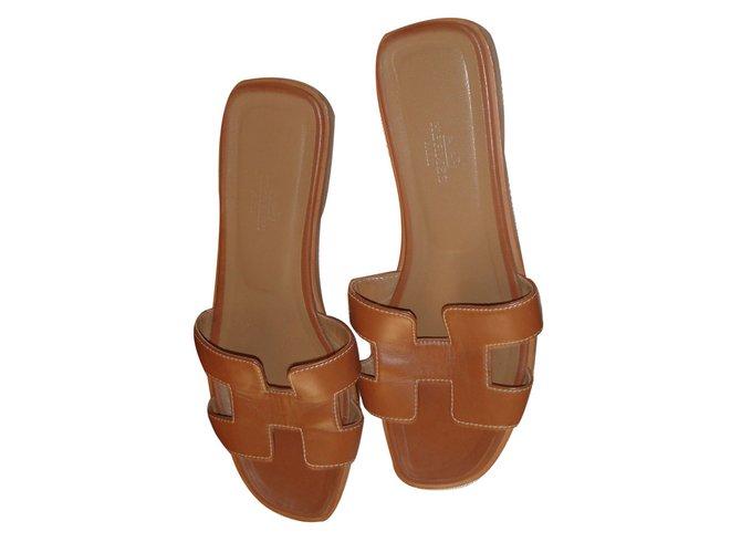 Sandales Hermès Sandales ORAN Cuir Marron ref.13057 - Joli Closet 0ea63bb0bb39