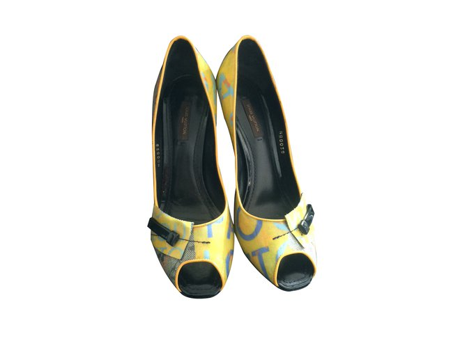stable quality lower price with uk store Louis Vuitton Heels Heels Patent leather Multiple colors ref.13622 ...