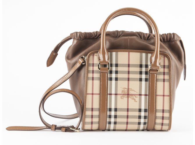 Burberry Handbags Handbags Leather Caramel ref.14498