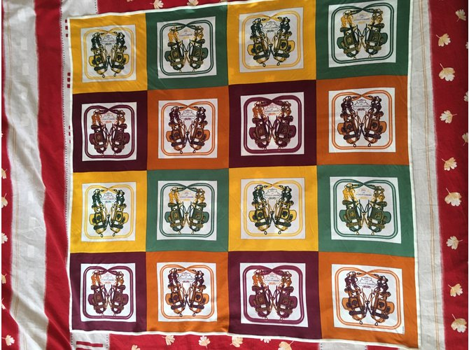 Foulards, écharpes enfants Hermès Foulards, écharpes Soie Multicolore ref.14969