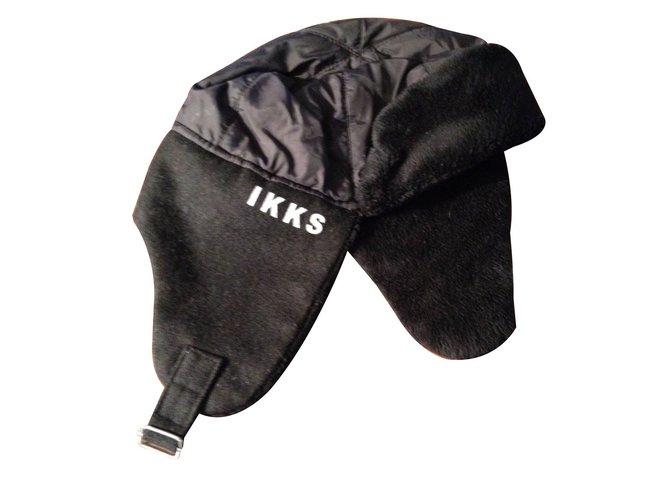 Chapeaux, bonnets, gants Ikks Chapka Autre Noir ref.15047