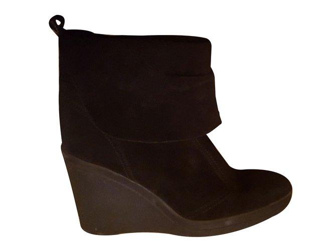 ... wholesale dealer 8ea4f e6e0f Bottines Janet Janet bottines compensées  Daim Noir ref.15059  new style f1e4d be5b7 version classique CATHERINE PARRA  ... a95a7f65ef9d