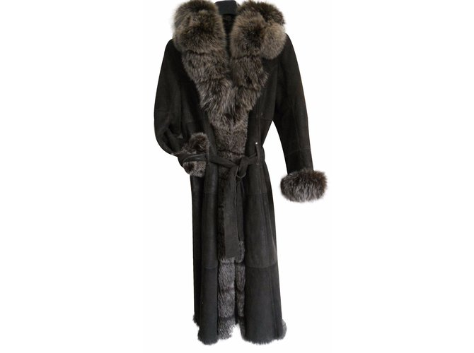 Yves Salomon Coats, Outerwear Coats, Outerwear Fur Brown ref.15260