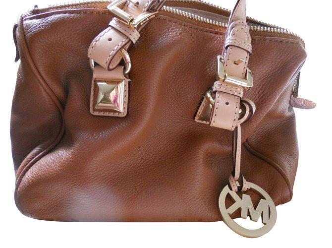 bcf7ada8309a Michael Kors Handbags Handbags Leather Caramel ref.15768 - Joli Closet