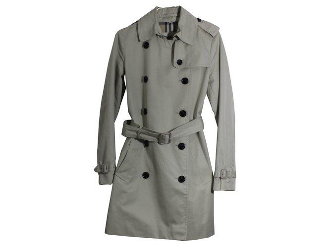 Burberry Coats, Outerwear Coats, Outerwear Cotton Beige ref.15913