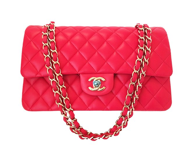 5a2e616e7957 Chanel Chanel 2016 Cruise Classic Medium Flap Red Lambskin with Light Gold  Chains Handbags Leather Red