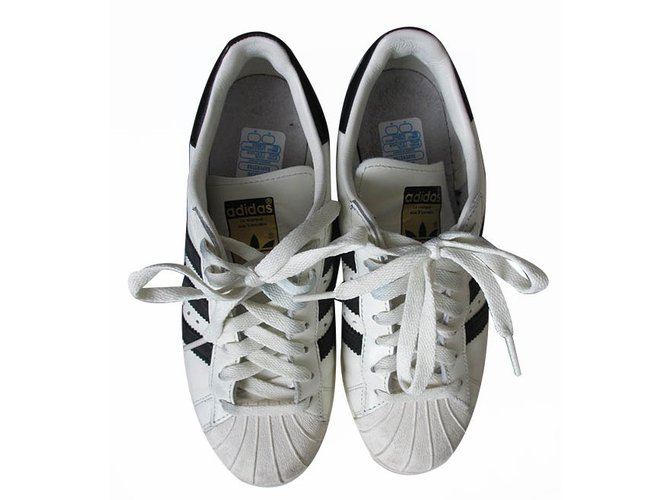 2a9f6d35dcc7 Adidas Superstars 80s DLX Sneakers Leather White ref.16931 - Joli Closet