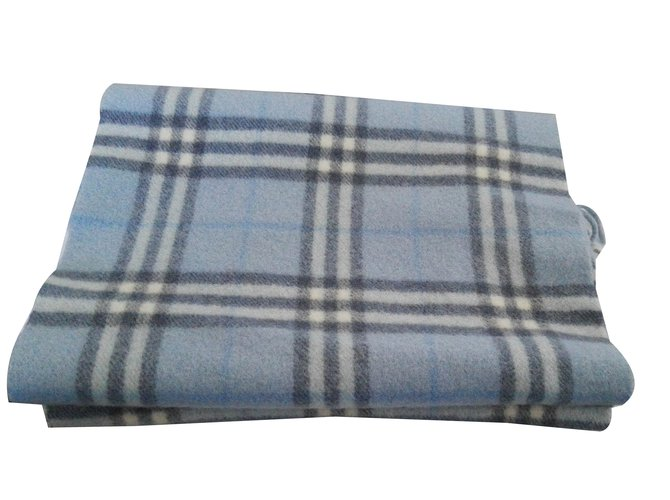 Burberry Scarf Men Scarves Wool Blue ref.17276 - Joli Closet 4034893a403b