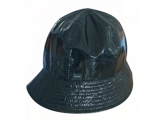 Chanel Chanel dark green rain hat Hats Synthetic Green ref.17502 ... d62934a16d0