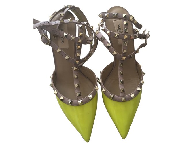 a790ecda7a Valentino Garavani Valentino Rockstud Kitten Heel Slingbacks in Neon Yellow  39.5 Heels Patent leather Yellow ref