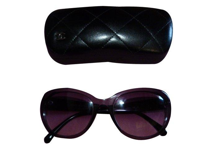 Lunettes Chanel Solaires Camélia ref 5187H Plastique Noir ref.18543 ... 6e26e997c070