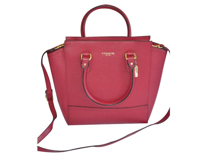 sacs main coach sacs main cuir rouge joli closet. Black Bedroom Furniture Sets. Home Design Ideas