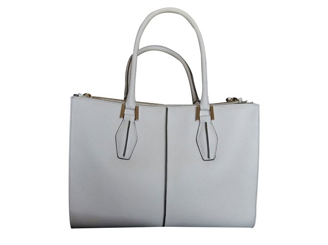 ca7804f4dce1 Tod s Handbag Handbags Leather White ref.18668 - Joli Closet