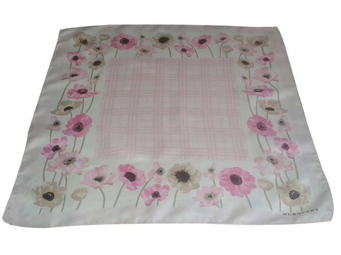Burberry Scarf Scarves Silk Pink ref.18823
