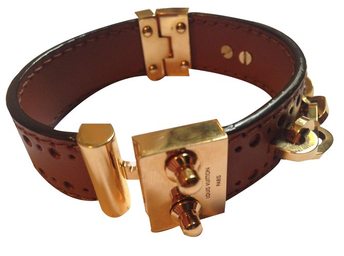 Bracelets Louis Vuitton Bracelet Louis Vuitton cuir et or Cuir Marron ref.18874