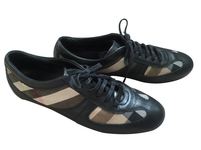 Burberry Sneakers Sneakers Other Black ref.19231