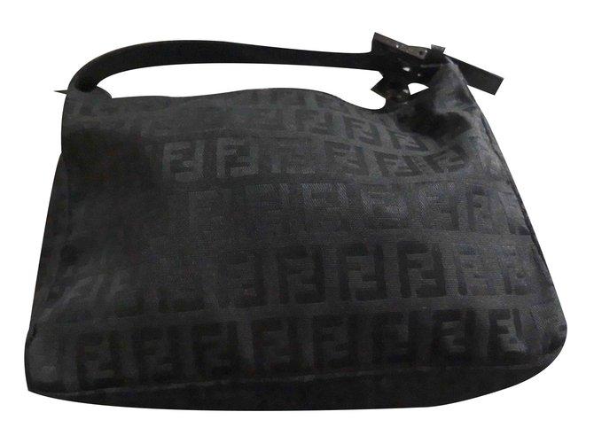 c585487c5d45 Fendi Clutch bags Clutch bags Cloth Black ref.19445 - Joli Closet