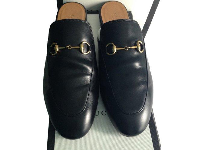 juDO5spm8T Sandales en cuir