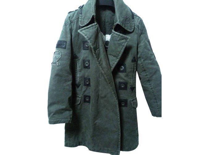 8114e1ceb33 Pepe Jeans Coats Outerwear Men Coats Outerwear Cotton Khaki ref.20228