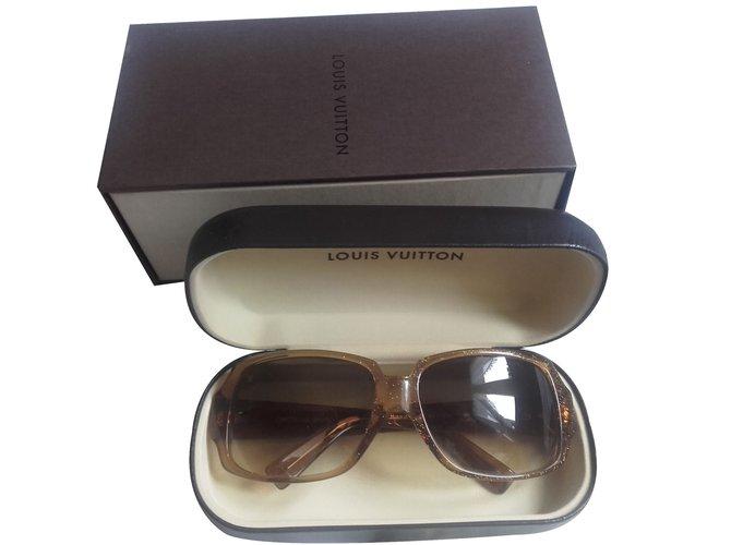 62e3786248d1bb Lunettes Louis Vuitton Lunettes de soleil Louis Vuitton modèle Obsession  Carré Light Glitter Honey E triacétate