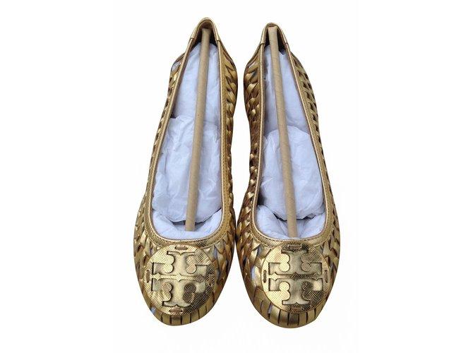 8962e0f15ac Tory Burch TORY BURCH GOLD Brand Huarache Logo Ballet Metallic Woven  Leather Flats Flats Leather Metallic