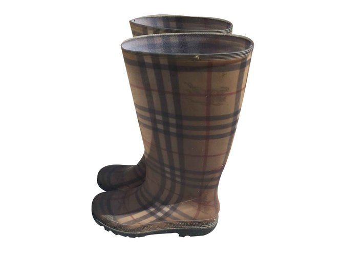 Burberry Boots Boots Rubber Beige ref.20756