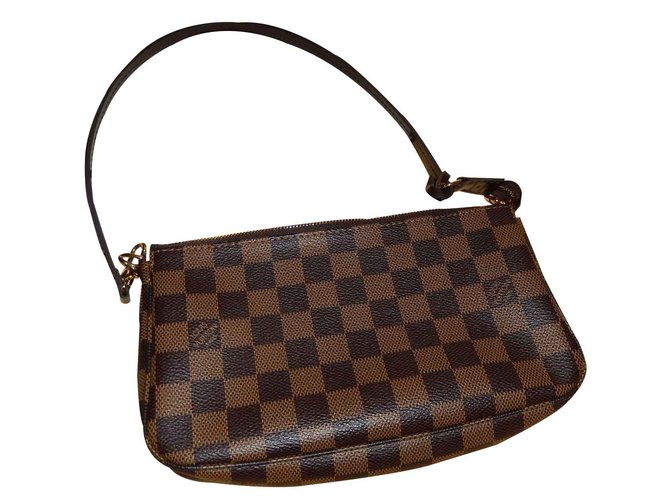 029b68898c0b Louis Vuitton Clutch bags Clutch bags Cloth Brown ref.21189