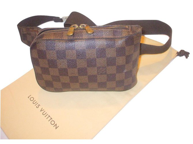 12d50edef197 Sacs Louis Vuitton Sacoche Geronimo damier Plastique Marron ref.21458