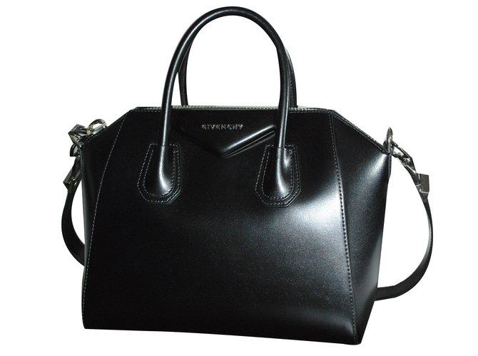 Sacs à main Givenchy Antigona Cuir Noir ref.21930