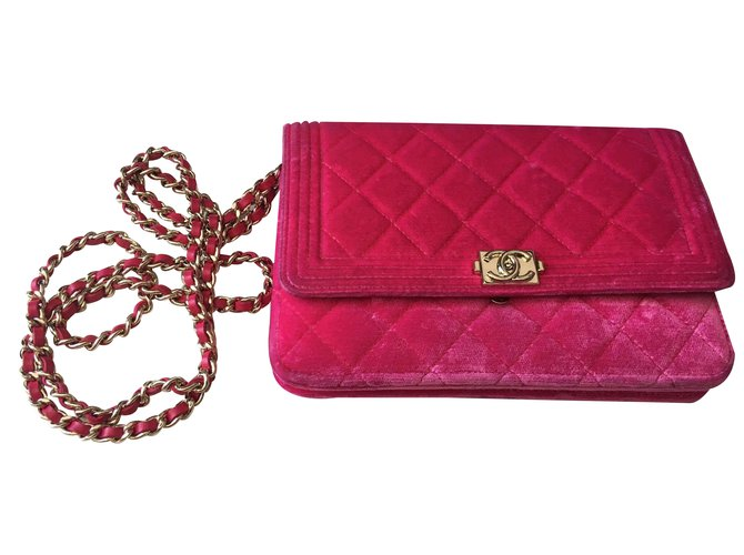 a9f5450d79dc7a Chanel Clutch bag Clutch bags Velvet Pink ref.21982 - Joli Closet