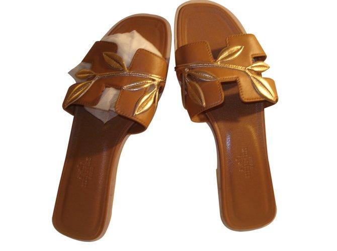 Sandales Hermès Oran Cuir Marron ref.22793 - Joli Closet 2fc3a4b3114